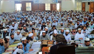دولت محلی ایالت خیبرپختونخواه پاکستان کمک مالی خود به یک مدرسه افراطی را افزایش داد