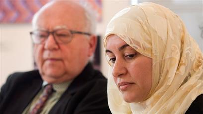 قاضی که به دختر مسلمان دستور کشف حجاب داد ، بازخواست می شود