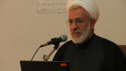 مسئولان  به وضعیت نا ایمن مدارس علمیه  کرمان در برابر زلزله توجه داشته باشند