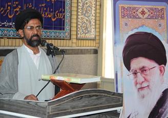 دشمن تلاش می کند مردمی بودن انقلاب اسلامی را ضعیف نشان دهند