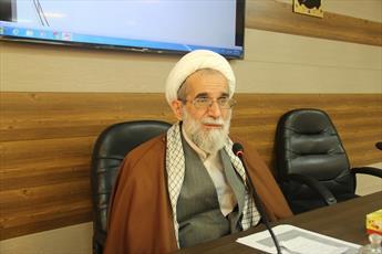 میراث فرهنگی پاسخگوی جلوگیری از دفن شهید گمنام در مدرسه شیخ الاسلام باشد