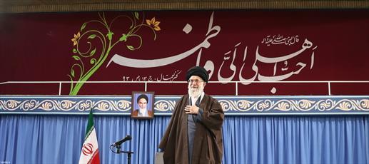 تصاویر/ دیدار جمعی از مداحان و ذاکران اهل بیت(ع) با رهبر معظم انقلاب