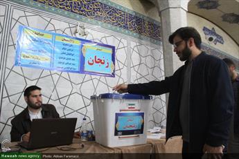 فیلم/ انتخابات مجمع نمایندگان طلاب حوزه علمیه قم