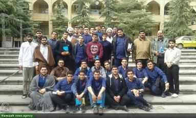 تصاویر/ آشنایی دانش آموزان با فضای عملی، آموزشی و تبلیغی مدرسه علمیه قائم چیذر
