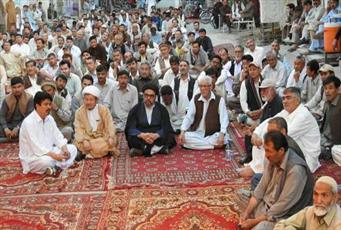 شیعیان شهر کویته در اعتراض به ترور شیعیان تحصن کردند