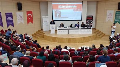 همایش بین المللی سه روزه «اسلام هراسی» در استانبول برگزار شد