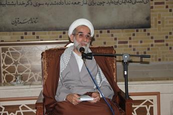مدیر حوزه علمیه قزوین در جمع بانوان طلبه: تجمل گرایی آرامش خانواده ها را ربوده است