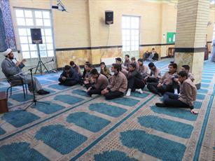 آشنایی دانش آموزان منطقه عبدل آباد تهران با فضای حوزه+ عکس