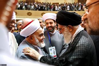 سود اختلاف شیعه و سنی به جیب دشمن می رود/ وضع امروز جهان اسلام نتیجه تفرقه و اختلاف است