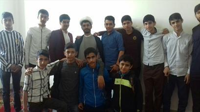 دانش آموزان اسلامشهر میهمان شاگردان مکتب امام صادق(ع)+ عکس
