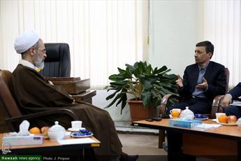 تصاویر/ دیدار رئیس کمیته امداد با آیت الله اعرافی