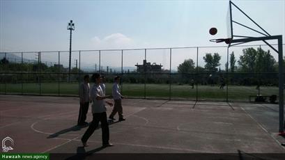 تصاویر/ اردوی طلاب  ممتاز قرآنی مدرسه علمیه دارالسلام تهران در مجموعه ورزشی تفریحی لواسان