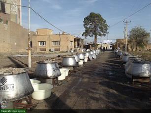 تصاویر/ پخت و توزیع ده هزار غذای نذری به مناسبت میلاد حضرت عباس (ع) در کاشان