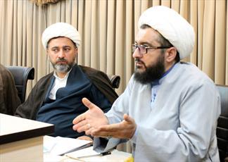 مدیر حوزه علمیه استان کردستان:  جریان های منحرف و ضد دینی پیش از ما به استقبال محرم رفته اند