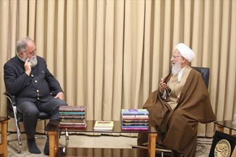 آنچه در غرب مطرح است بخشی از فلسفه است نه خود فلسفه/برای جامعه ایران اسلامی هر فکر علمی محترم است