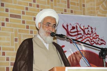 مرحوم حجت الاسلام موسوی عمل کننده به آیات قرآن بودند