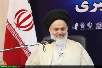 آیت الله حسینی بوشهری  دبیر جدید شورای عالی حوزه های علمیه شد