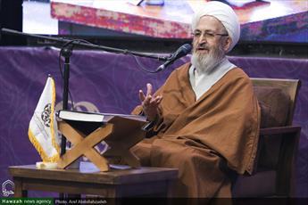 انقلاب اسلامی قرآن را به متن بشریت آورد/ در سال ۵۶ یازده نفر حافظ قرآن یافتیم/ حافظان قرآن مایه افتخار هستند