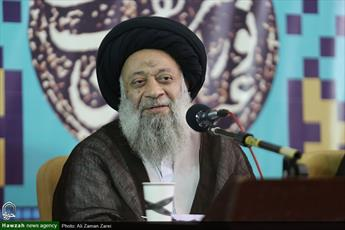 دعوت آیت الله موسوی جزایری از خیرین  برای توسعه مرقد قاضی شوشتری