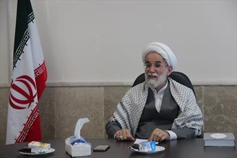 مردم  متعهد به خرید کالای ایرانی باشند