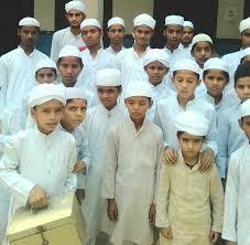 مدیر جامعه رحمانیه لاهور: مدارس دینی درس  وحدت میدهند