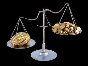 سه دلیل فضیلت علم بر ثروت