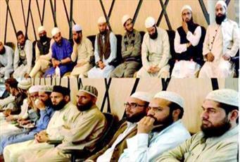ما باید پیام اسلام امنیت وحدت و همدلی اسلام را به جهانیان برسانیم