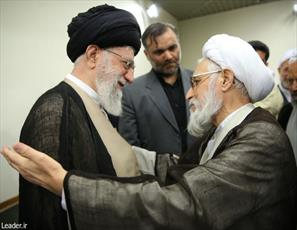 رهبر معظم انقلاب درگذشتِ امام جمعه شیراز را تسلیت گفتند