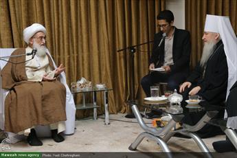 نباید نظاره گر رخدادهای جهان باشیم/ تاکید بر لزوم همگرایی بین ادیان اسلام و مسیحیت