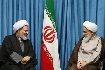 دیدار مدیر حوزه های علمیه خواهران کشور با امام جمعه قزوین