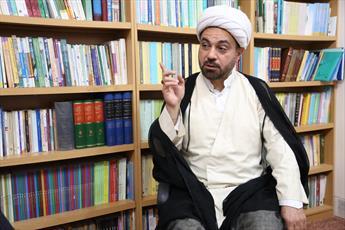 ناگفته های اقتصاد و حمایت از کالای ایرانی در گفتگو با رئیس انجمن علمی اقتصاد اسلامی حوزه