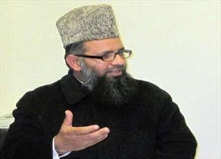 مدیر دارالعلوم جامعه نعیمیه پاکستان بعد از زیارت عتبات مقدس عراق به پاکستان برگشت
