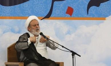 ملت با حضور پرشور در مراسم عزای حسینی سیلی محکمی به دشمنان اهل بیت(ع) زدند