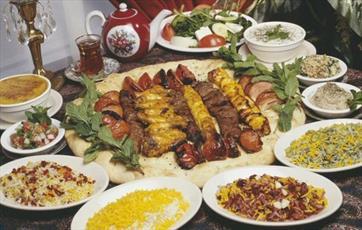 افطاریهای تجملی مورد مذمت اهلبیت(ع) و بزرگان دین است