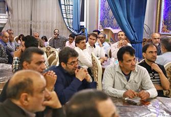 مساجد در تربیت جوانان مومن و انقلابی نقش محوری دارند