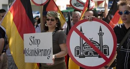 مسیحیان  اروپای غربی کمتر حاضر به پذیرش مهاجران و مسلمانان هستند
