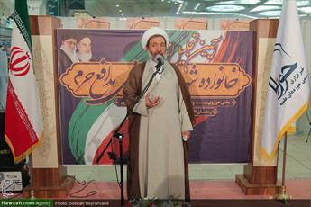 حوزه  اجازه نمی دهد کوچک ترین انحرافی در نظام  به وجود آید/ روحانیت در دفاع از اسلام و انقلاب حاضر است تکه تکه شود