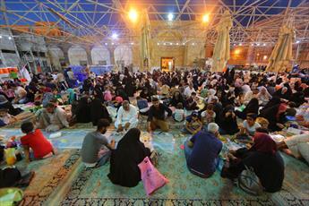 افطاری دو امام سامرا برای خانوادههای روزهدار+ تصاویر