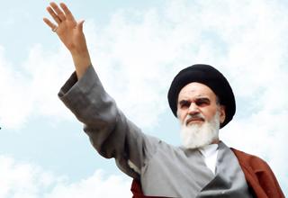 گرامیداشت سالروز ارتحال امام خمینی(ره) و  قیام ۱۵ خرداد برگزار می شود