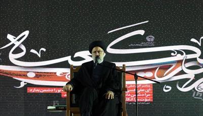 فتنه امروز دشمن ناامیدی ملت از نظام اسلامی و پذیرفتن آقایی آمریکا است
