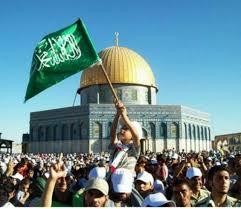 کانون فتنه علیه اسلام درنهاد نظام  غاصب اسرائیل و گاوچران های کاخ نشین است