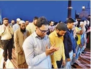 مراسم شام افطاری «وحدت برای مسلمانان شیعه و سنی» در دهلی نو  برگزار شد