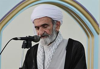 امام جمعه سنندج: جهان اسلام نیازمند همگرایی علمای اهل سنت و تشیع است