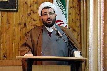 حجت الاسلام والمسلمین احمدی الگوی شاگردان خود در حوزه و دانشگاه بود