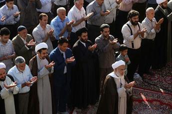 پخش زنده نماز وحدت بخش عید  فطر قزوین از رسانه ملی