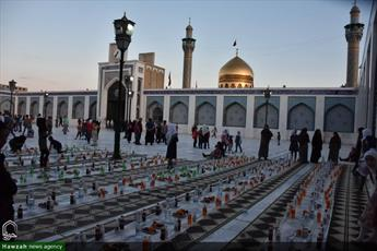 تصاویر/ سفره افطار روزانه در حرم حضرت زینب(س)