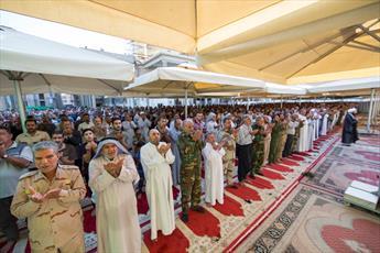 تصاویر/ اقامه نماز عید فطر در حرم مطهر عسکریین علیهما السلام