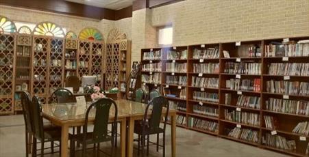وجود بیش از ۲ هزارو ۵۰۰کتاب ادبی،هنری و رسانه ای در کتابخانه جامعه الزهرا(س)