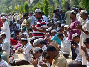 انتشار ویدئو برهم زدن نماز مسلمانان توسط هندوها در فضای مجازی