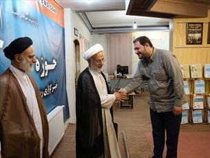 بازدید پدر اولین  شهید روحانی مدافع حرم از خبرگزاری حوزه